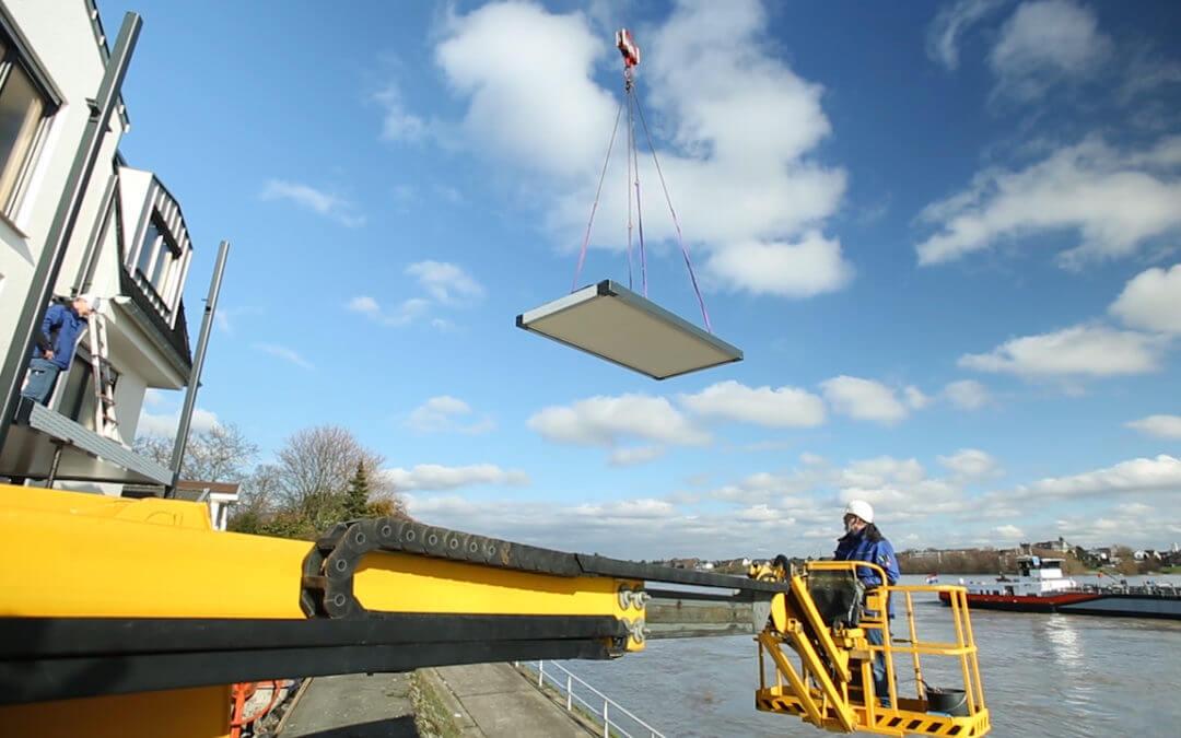 1,5 Tonnen über dem Rhein – Balkonmontage der etwas anderen Art