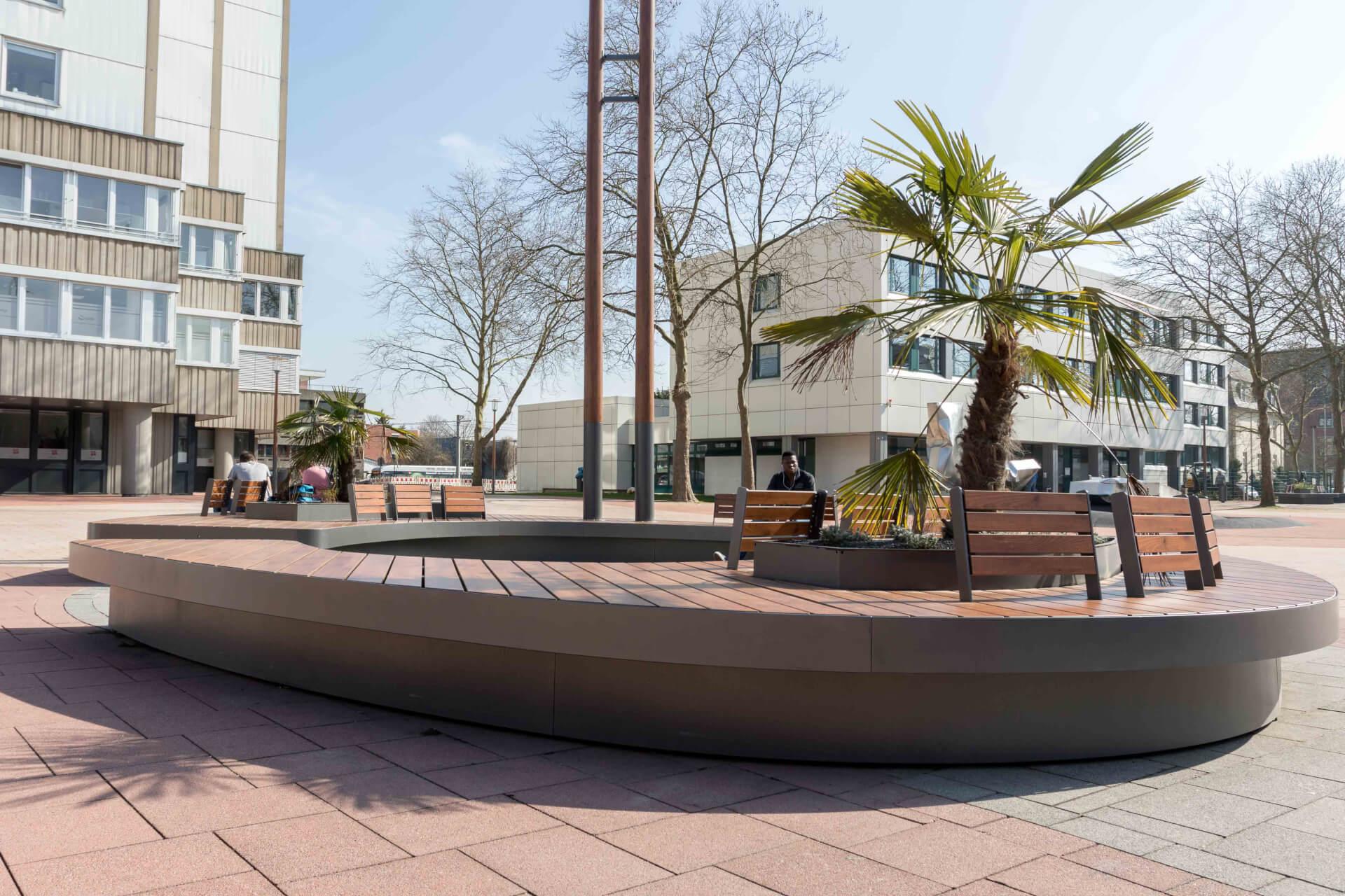 Sitzinseln für die Brühler Innenstadt