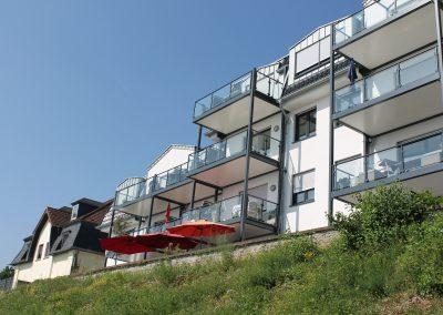 Balkonanlage am Rhein