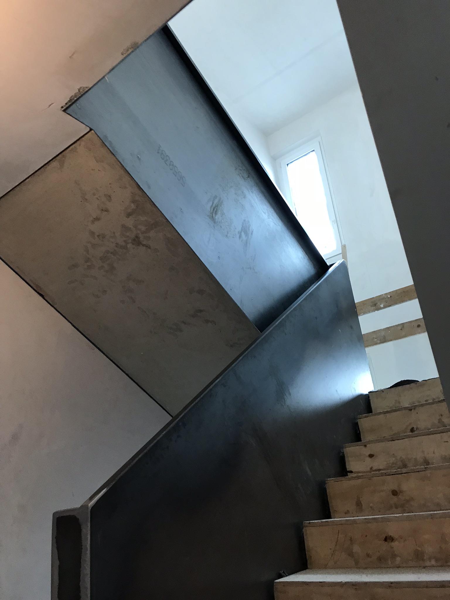Erstellung von Treppengeländern und Glasbrüstungen