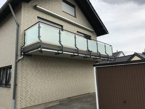 Beschichtetes Glasgeländer